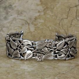 bra06-pweriwinkle-pewter-bracelet2
